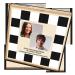 Individulisierte Spielesammlung mit eigenen Bildern - Holzbox im Damespiel-Design